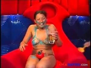 video girls shower room
