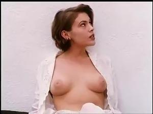Alyssa milano amp victoria beckham nude 6