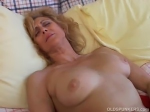 Orgasm first time squirting
