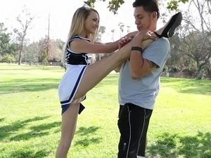 young cheerleaders first timew sex