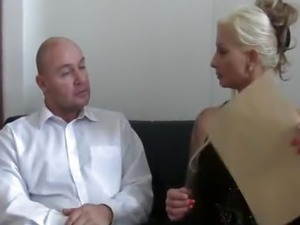 smack my bitch yup music video