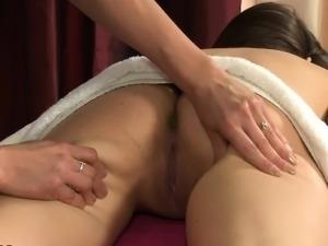 erotic story lesbian massage princess servant