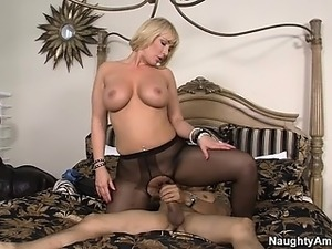 perfect petite blonde pusy