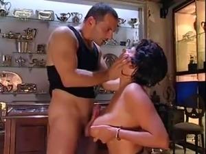 Italian hairy pussy mature porn tube