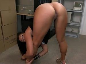 japanese sticking minnows in ass