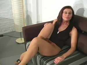 share your free pantyhose porn videos