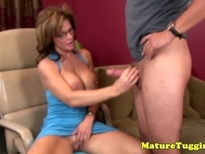 Mature handjob tube videos