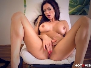 girls and vibrator video