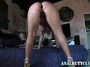 my squirting dildoing wife videos