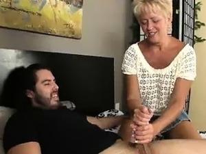 aunt and niece lesbian porn