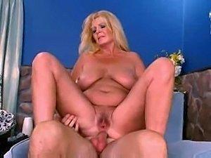 busty blonde pornstar posing nude