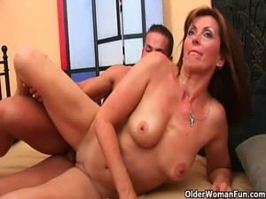 mommy licking daughters pussy
