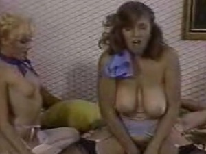 classic porn lesbian