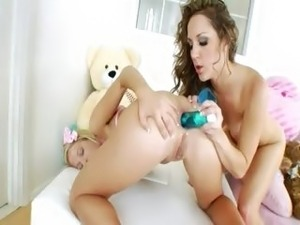 free asian cheerleader porn search engines