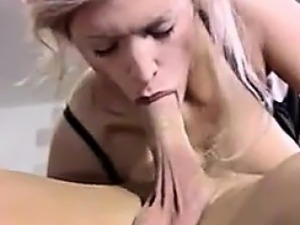 Deep throat oral sex
