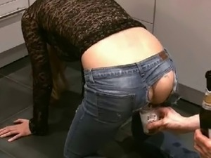 wife anal insertion