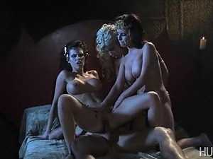 dracula-fucking-sexy-old-wife