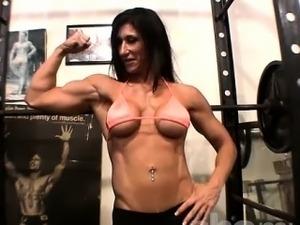 topless gym girls