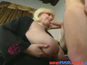 mature lesbian seduce young girls porn