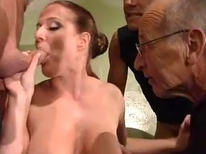 big titted girl sucking tits