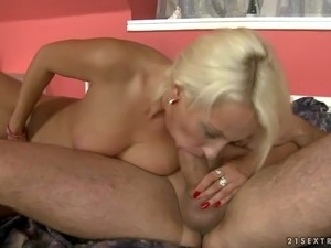 sexy hot naked blonde