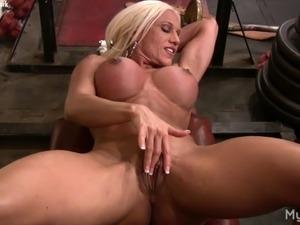 orgasm rub clit video