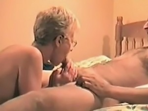 swingers wife first lesbian
