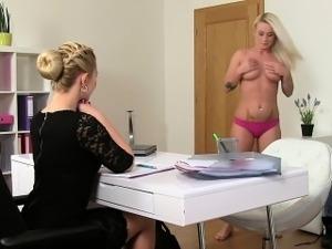 Naked lesbians licking