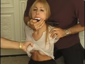 Gagging cum shots
