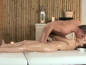 fuck pussy squirt blond