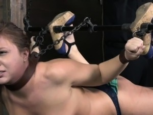 spanking pussy vidoes