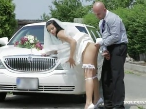 amateur bride first fuck video