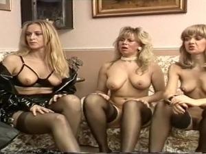 mature ladies in leather suits galleries