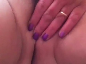 eating camel toe pussy