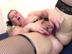 girlfriends mother porn