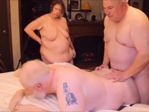 Old man fucks a girl