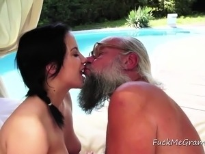 sex old man young girl