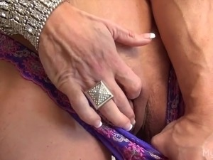 female muscle porn vids