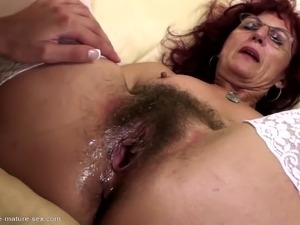 girl anal fists guy