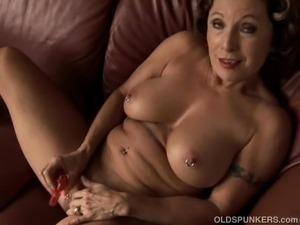 free grannie lesbian porn