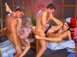 group saunas sex