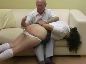 amatuer father cums inside daughters pussy