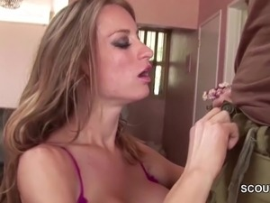 girls seduced for blowjob on video