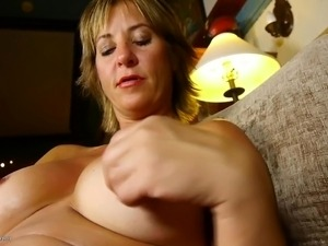 hot mom amateur galleries