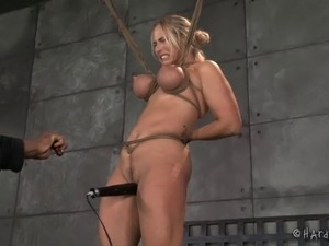 woman group sex bondage parties