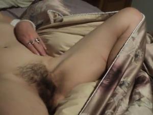 Man licks girls vagaina