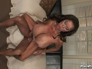 hairy cougar young boy vids