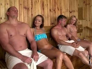 hot ass blonde babe galleries