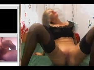 girls dirty feet videos