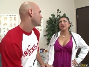 nude nurse babes free pics